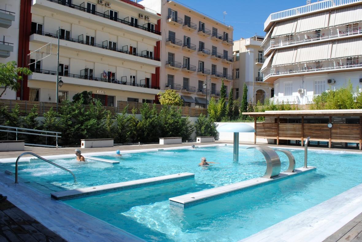 Η εξωτερική πισίνα του Spa. Φωτογραφία: Μαρία Κορόγιαννη