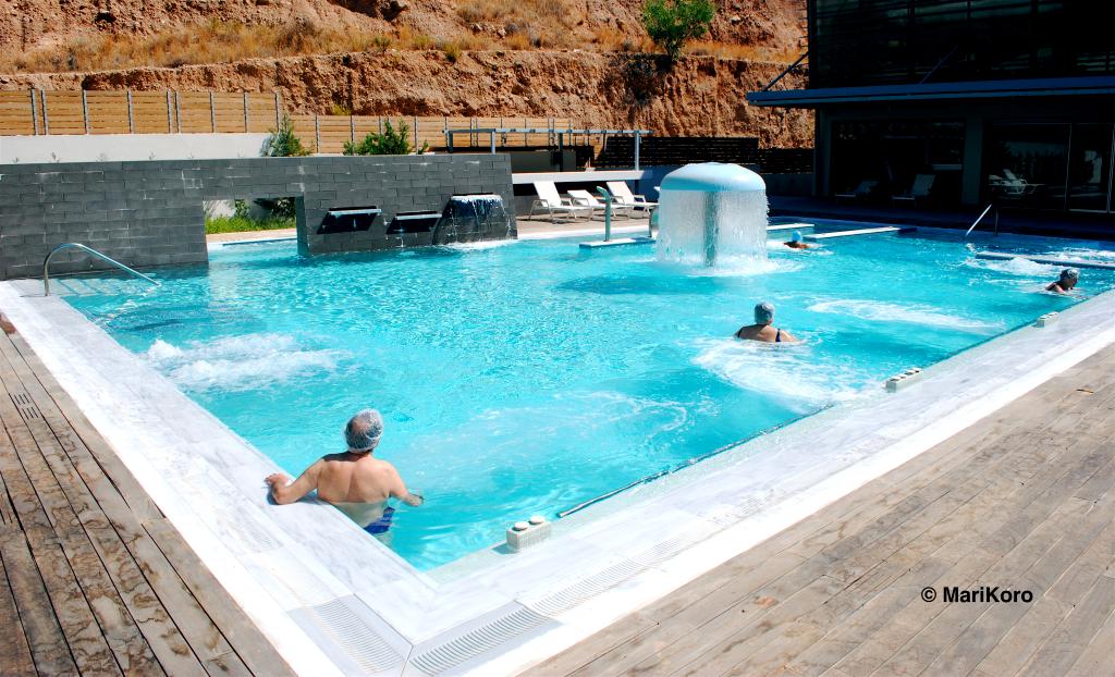 Η εξωτερική πισίνα του Spa φοτο: Μαρία Κορόγιαννη